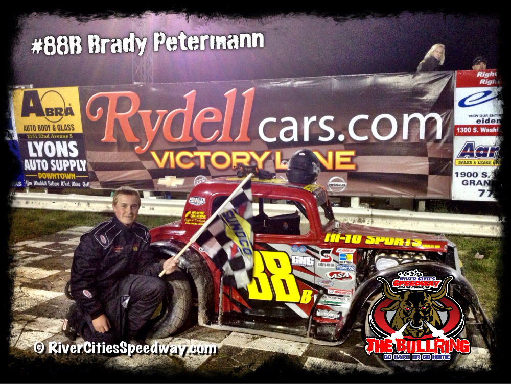 13 Year Old #88B Brady Petermann wins the Legends Feature at River Cities Speedway