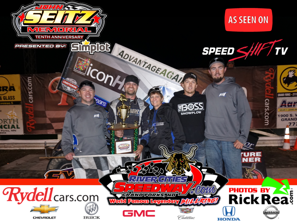1st Outlaw Sprint Car win for Nick Omdahl at The World Famous Legendary Bullring and it came during the 10th Annual John Sietz Memorial presented by Simplot.com on SpeedShiftTV.com Pay Per View.  Congrats to you Nick and we are sure we will see you in RydellCars.com victory lane many more times.